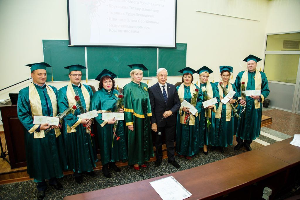Congratulations to Spichak O.S. with the assignment of the academic title of the professor